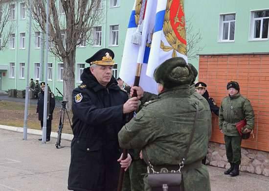 """O Ministério da Defesa da Federação Russa chamou o """"teatro do absurdo"""" de um pedido do promotor militar ucraniano para interrogar o comandante da frota do Mar Negro, almirante Alexander Vitko"""