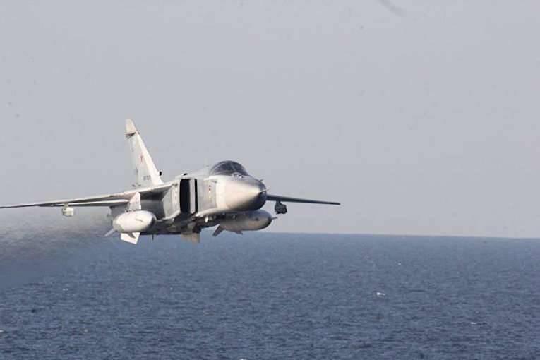 """Ex asesor del presidente polaco: """"Donald Cook"""" debería haber despedido al ruso Su-24"""