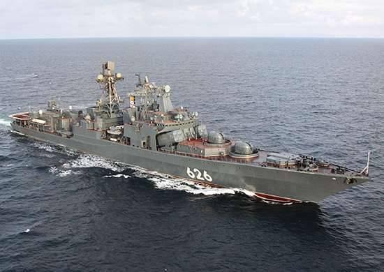 BPC副海军上将库拉科夫参加北海舰队的反潜演习