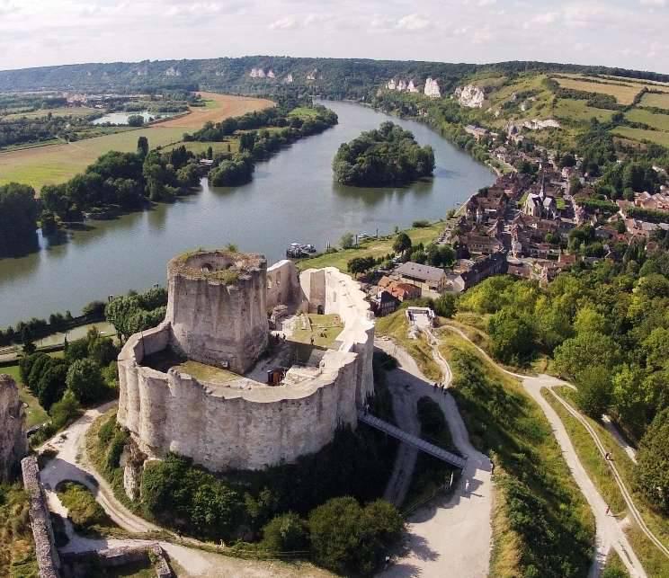 Haçlı kaleleri