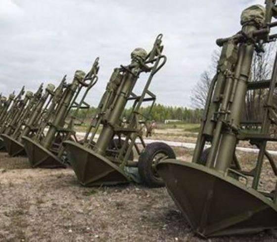 Poroshenko inspeccionó armas nuevas y mejoradas