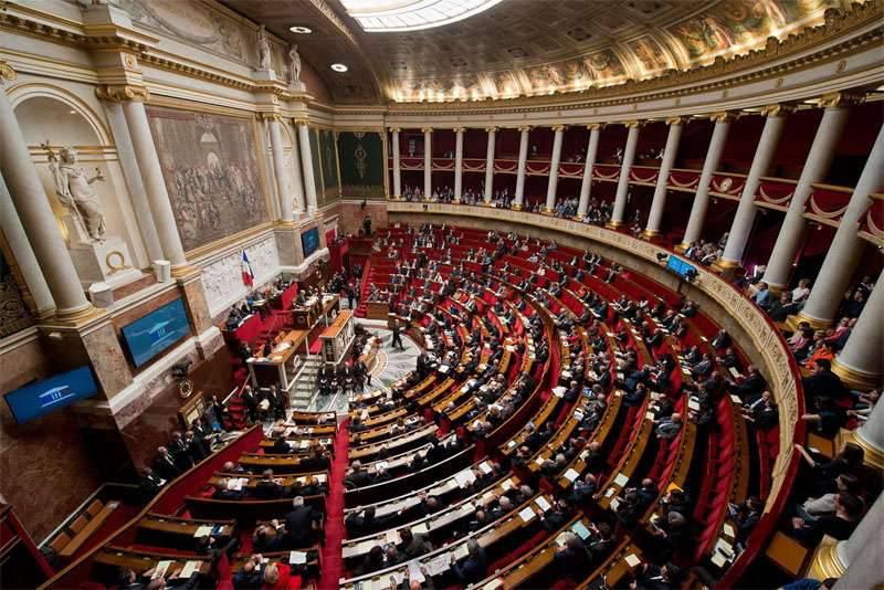 L'Assemblée nationale française (chambre basse du Parlement) a adopté une résolution sur la nécessité de lever les sanctions anti-russes