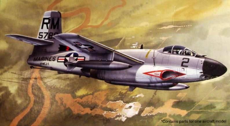 """韓国の空にジェット機「クジラ」。 戦闘機F3D """"スカイナイト"""""""