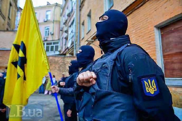 RDP: Kiev prévoit de se débarrasser des bataillons nationaux, les poussant à l'offensive dans la zone ATO