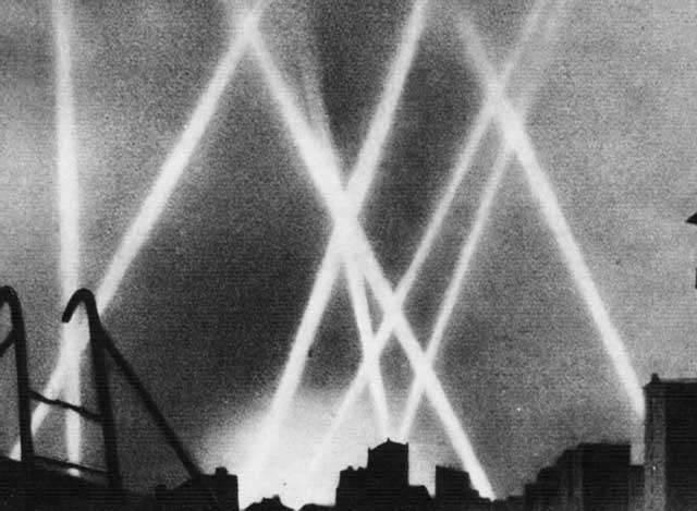 Ohne Ortungsgeräte und Wärmesucher. Über die Taktik der sowjetischen Luftverteidigungskämpfer bei Nacht