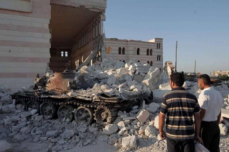 워싱턴은 모스크바의 영향으로 시리아 항공이 휴전 지역으로의 비행을 줄이기를 희망하고있다.