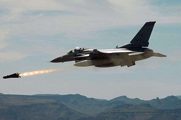 İsrail Hava Kuvvetleri uçakları Lübnan'daki Hizbullah liderlerinden birini ortadan kaldırdı