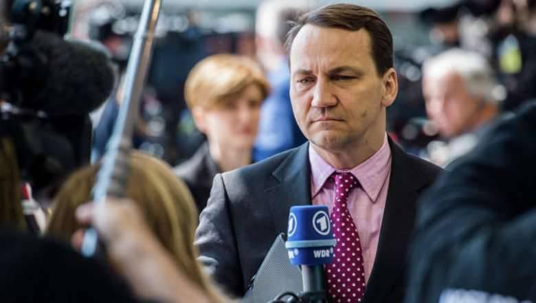 """L'ex capo del ministero degli Esteri polacco ha definito Matserevich un """"mostro"""""""