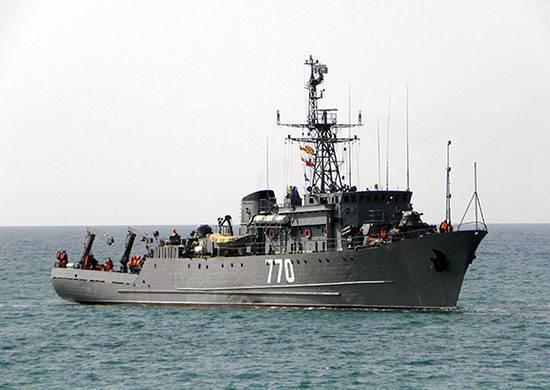 """O caça-minas marítimo """"Valentin Pikul"""", como parte da rotação, começou a executar tarefas no mar Mediterrâneo"""