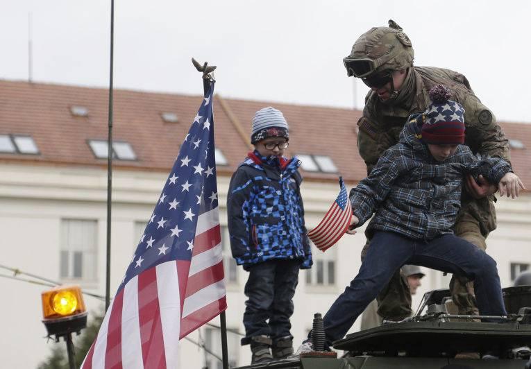 为什么一直都是美国人? (Parlamentnilisty.cz,捷克共和国)