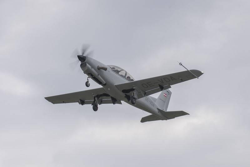 Le diamant autrichien DART-450 effectue son premier vol