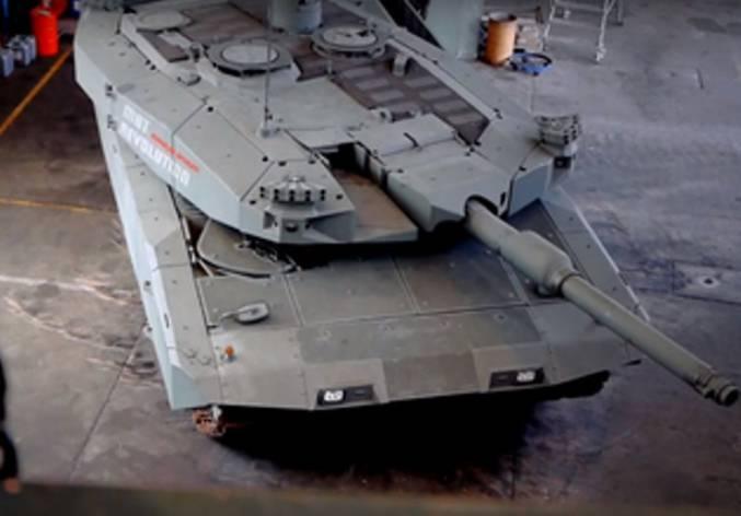 """德国公司展示了""""未来坦克""""(视频)"""