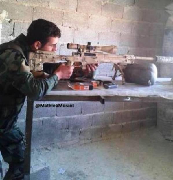 在叙利亚特种部队中看到的高精度英国步枪