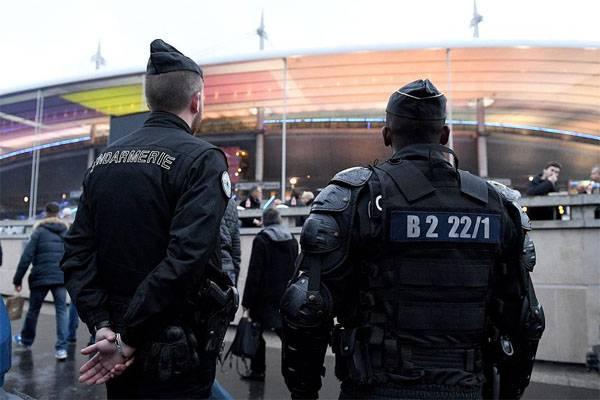 """Servicios especiales alemanes: """"ISIS mira al Campeonato Europeo de Fútbol 2016"""""""