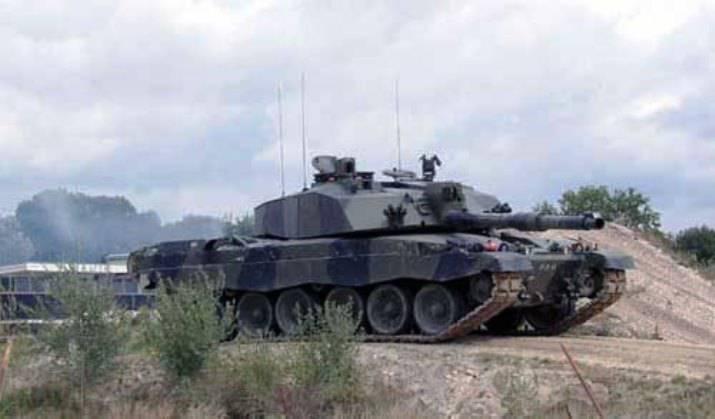 Tempos: a Grã-Bretanha pode transferir um grupo de tanques para os países bálticos
