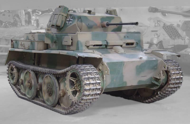 光偵察タンクPz.Kpfw.II Ausf.L Luchs(ドイツ)