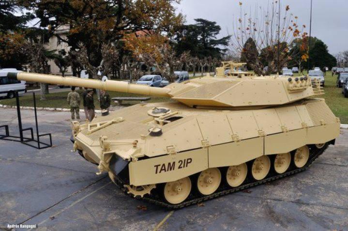アルゼンチンで近代化されたTAMタンクのプロトタイプが発表されました