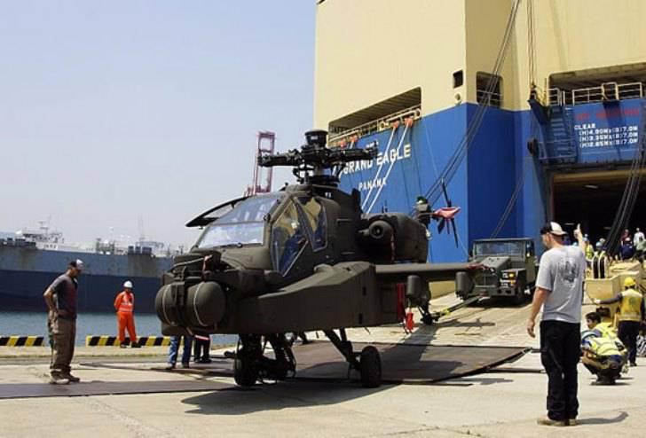 O primeiro lote de helicópteros Apache Guardian chegou à Coreia do Sul