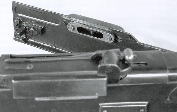 V. Madsen和J. Rasmussen(丹麦)的自动步枪