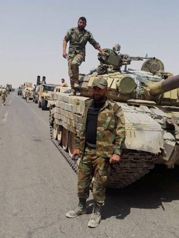 T-72B, Suriye kenti Rakku'ya saldırmaya yardımcı olacak