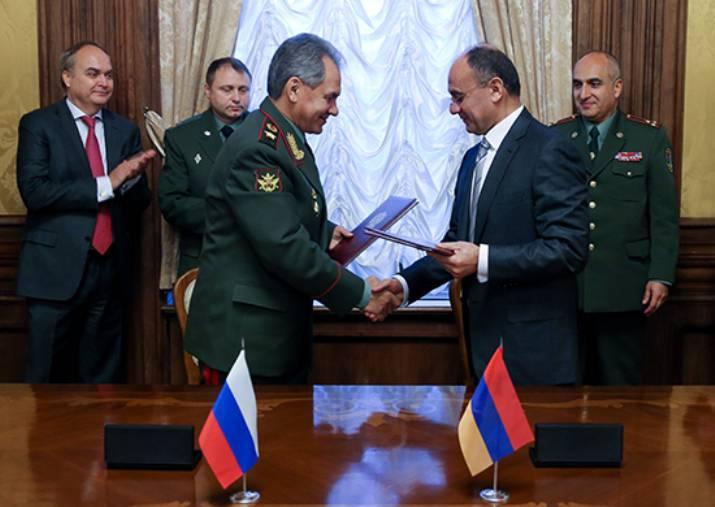 아르메니아 인 MFA : 러시아와의 공동 방공 시스템으로 공화국의 방위력을 강화할 것입니다.