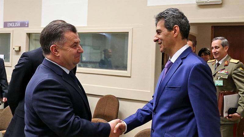 梅特科夫会见了波尔托拉克......乌克兰军队可以加入保加利亚 - 罗马尼亚旅