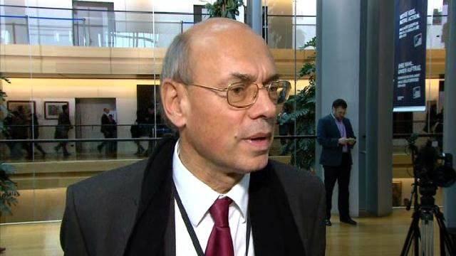 Депутат Европарламента от Франции заявил о том, что Киеву выгодно бойкотировать выполнение Минских соглашений с подачи США