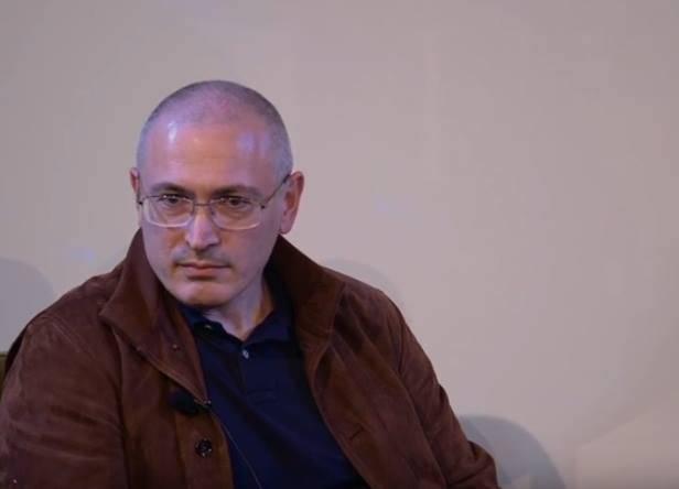 """Как """"Stratfor"""" и Ходорковский """"скорую революцию в России"""" прогнозируют"""