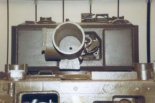 Инженерный танк Churchill AVRE (Канада-Великобритания)