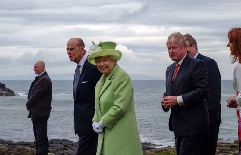 Противники Brexit намерены обратиться с просьбой к королеве Елизавете II воспользоваться правом вето на результаты референдума