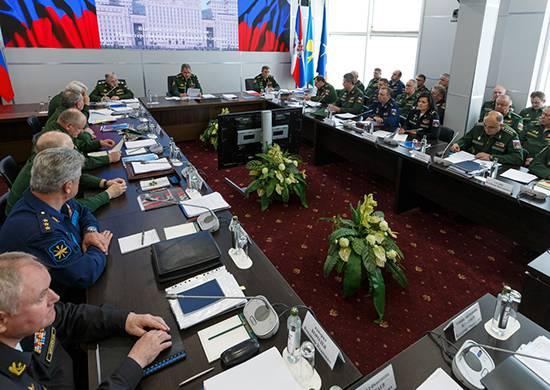 Министр обороны объявил об отстранении от должностей представителей командования Балтийским флотом