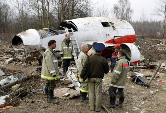 """Польский министр обороны заявил о подготовке публикации """"правды"""" о катастрофе Ту-154 под Смоленском в 2010 году"""
