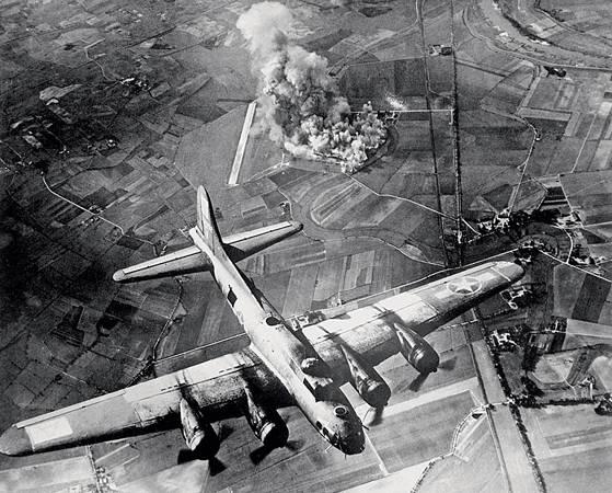 Дуэли «ковровых бомбардировок» Второй мировой