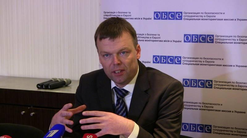 Хуг: конфликтующие стороны в Донбассе не выполняют своих обязательств