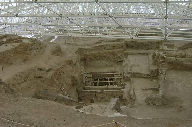 Первые металлические изделия и древние города: Чатал-Хююк – «город под колпаком» (часть 2)