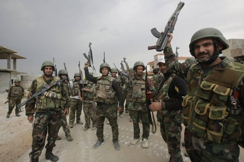 Сирийская армия, продвигаясь к Ракке, отбила у террористов месторождение Эс-Саура
