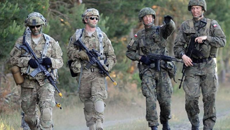 Политолог: манёвры НАТО у российских границ – «удивительная глупость»