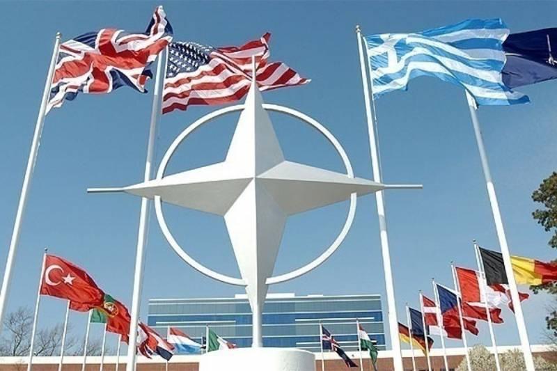 Столтенберг: Россия игнорирует договорённости с НАТО