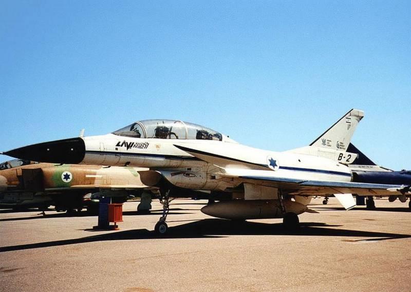 J-10C: «Фалькон» с «тремя плюсами» и головная боль западных авиакорпораций. У ворот 5-го поколения