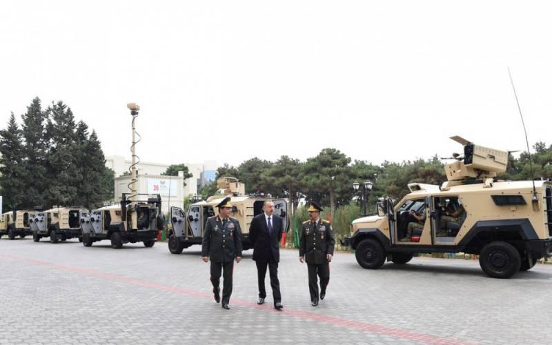 ВС Азербайджана получили израильские бронемашины Sand Cat