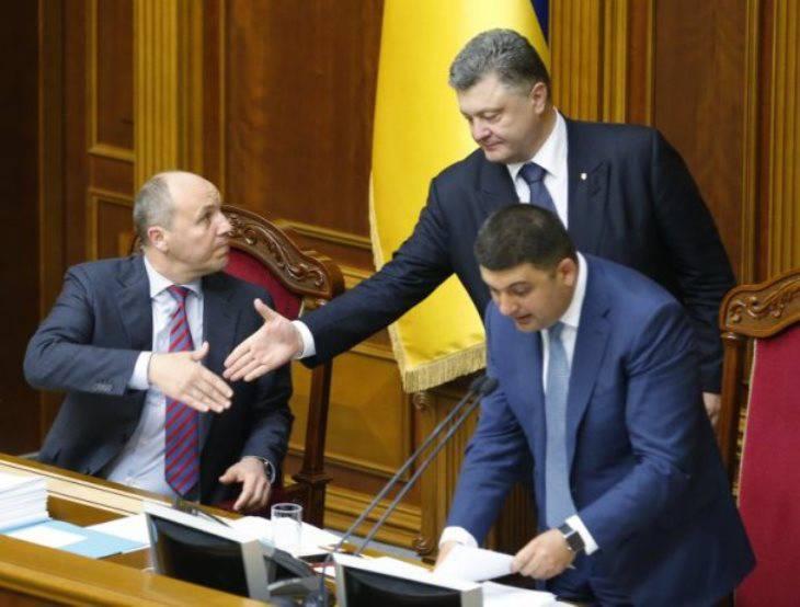 Порошенко посоветовал врагам «не проверять украинские войска», которые «держат порох сухим» и имеют на вооружении американские радары