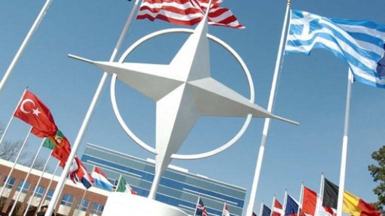 США: НАТО построит отношения с Москвой на основе «баланса между силой и диалогом»