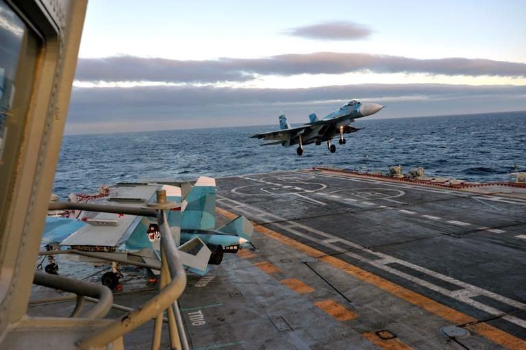 Взлет над морем: МиГ-29К усилит боевую мощь флагмана ВМФ России