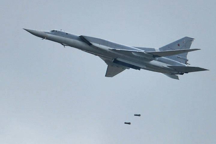 Ту-22М3 отработали по боевикам в Сирии