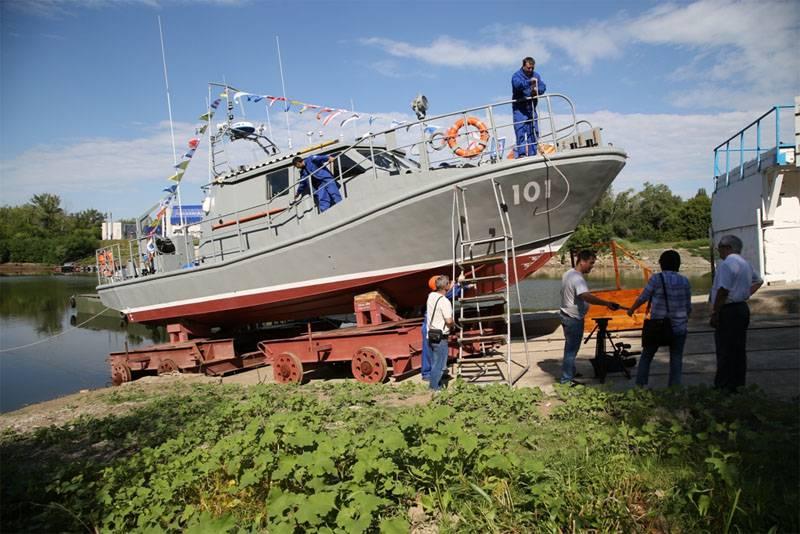 В Казахстане спущен на воду новый катер для спецназа ВМС
