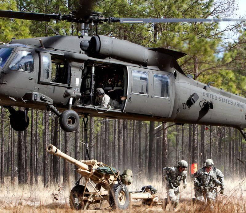 """Латвию """"усилили"""" пятью американскими вертолётами"""