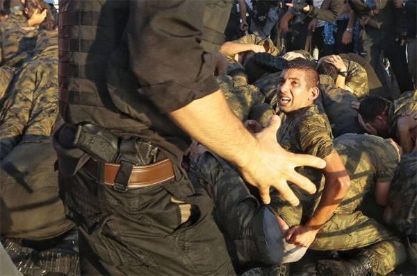 О развитии событий в Турции после пресечения попытки госпереворота
