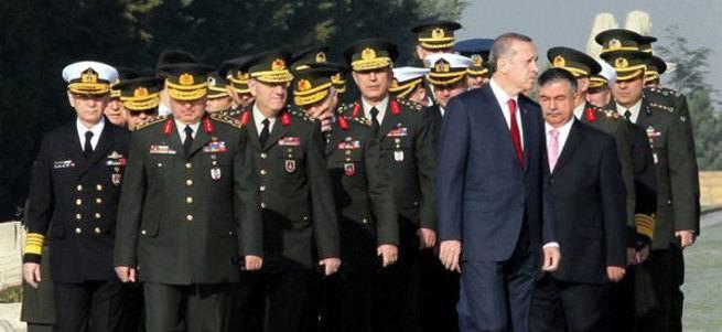 Турецкие расклады. Армия начинает, но не выигрывает?