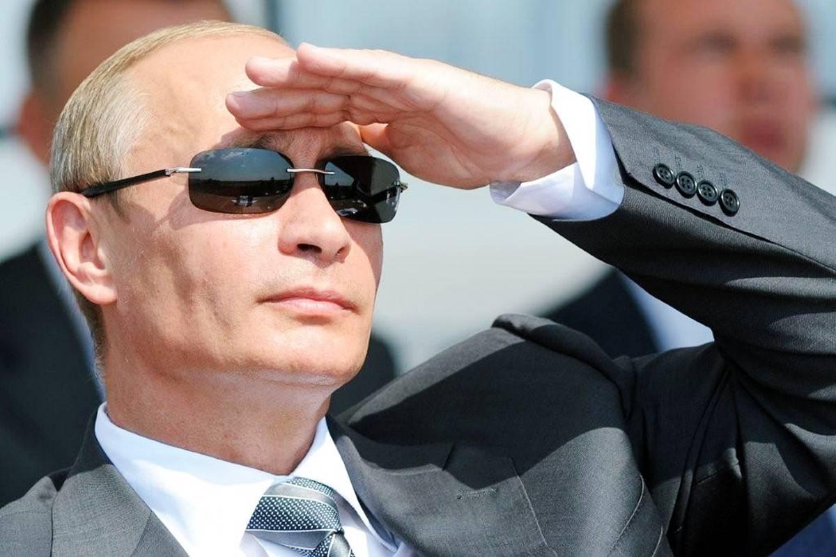 Смотреть Путин и Россия фото