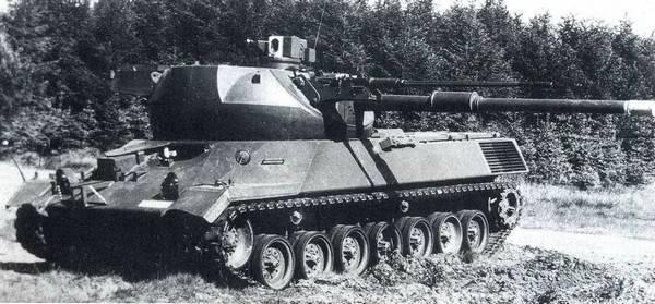 Экспериментальный танк с трехплоскостной стабилизацией башни Erprobungsträger mit 3-achs-stabilisiertem Turm (Германия)